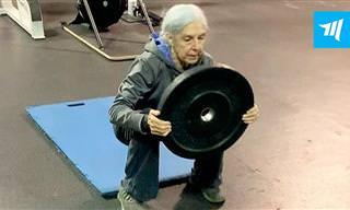 Cuando Una Mujer De 72 Años Se Entrena En Su Gimnasio