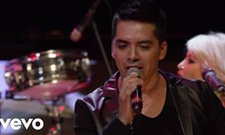 La Sonora Dinamita Interpreta La Canción Mil Horas
