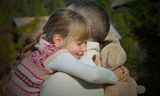 Abrazar a Un Ser Querido Tiene Numerosos Beneficios