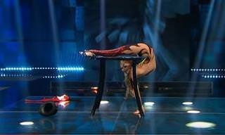 La Mujer Más Flexible Del Planeta
