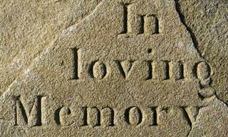 Divertidísimo:¿El Funeral Realmente Costó Tanto, Señora?