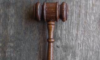 Un Cuento De Un Hombre Acusado Injustamente