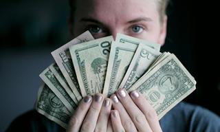 Chiste: ¿El Dinero o La Sabiduría?