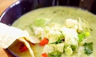 Original Sopa De Pollo Con Aguacates y Tortilla