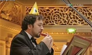¡Gran Sinfonía Interpretada Con Instrumentos De Juguete!