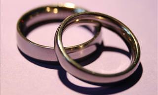Video: El Anillo De Matrimonio En El Dedo Anular