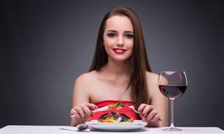 Chiste: Comportamiento Indecente En El Restaurante