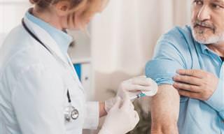 5 Vacunas Importantes Para Adultos Mayores
