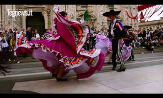 Este Flash Mob Mexicano En Italia Encandiló al Público