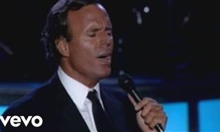 Julio Iglesias Canta Al Amor Con Elvis Presley