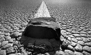 Las Misteriosas Piedras Navegantes