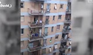 Españoles e Italianos Salen a Sus Balcones Para Hacer Frente al Coronavirus