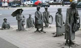 Brillantes Esculturas Exhibidas En Las Calles