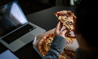 Científicos Dicen Que Cenar Tarde Aumenta El Riesgo De Cáncer