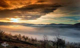Un Bello Paseo Por Las Montañas De Transilvania
