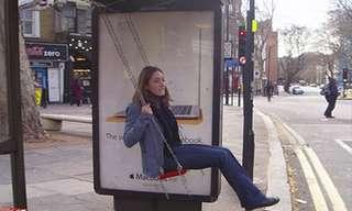 Divertida Manera De Esperar El Autobús