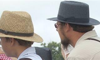 Este Chiste Comienza Con Dos Amish De Visita En La Ciudad