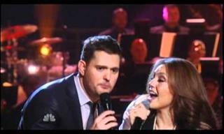 """Michael Buble y Thalía Cantan a Dueto """"Feliz Navidad"""""""