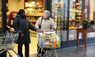 Un Pueblo Holandés Diseñado Para Las Personas Con Demencia