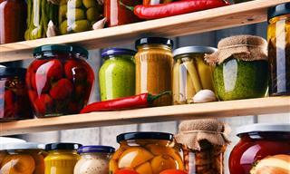 9 Alimentos Que Nunca Deberías Dejar En La Despensa