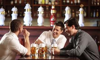 Chiste: Tres Hombres En Un Billar