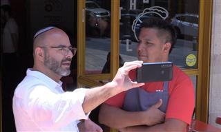 Un Hombre Vende Tacos En Israel y Ha Sido Un Éxito