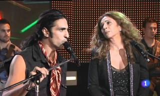 """Antonio Flores y Lolita Cantan """"Siete Vidas"""" Juntos"""