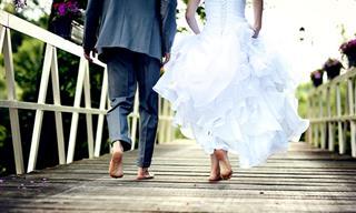 Chiste: Los Recién Casados Llegan De La Luna De Miel