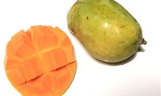 Ingeniosa Manera de Pelar Un Mango