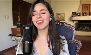"""Una Joven Interpreta Con Su Dulce Voz """"Antología"""" De Shakira"""